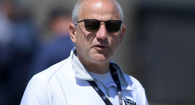 Marc Badain, Raiders